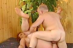 Midget - Porn videos